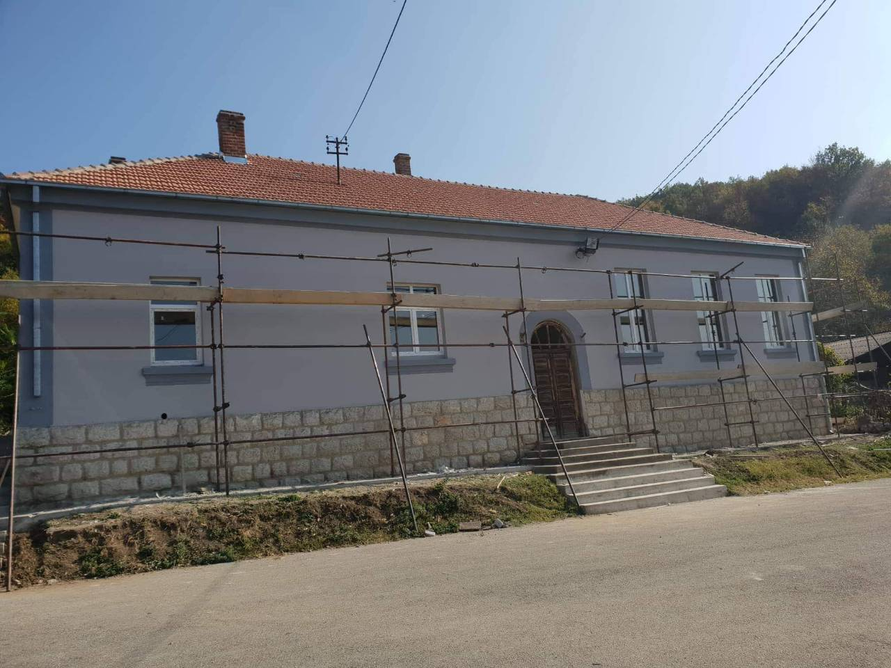 OPŠTINA OŽIVLJAVA SELA: Rekonstruišu se seoski domovi na nekoliko lokacija