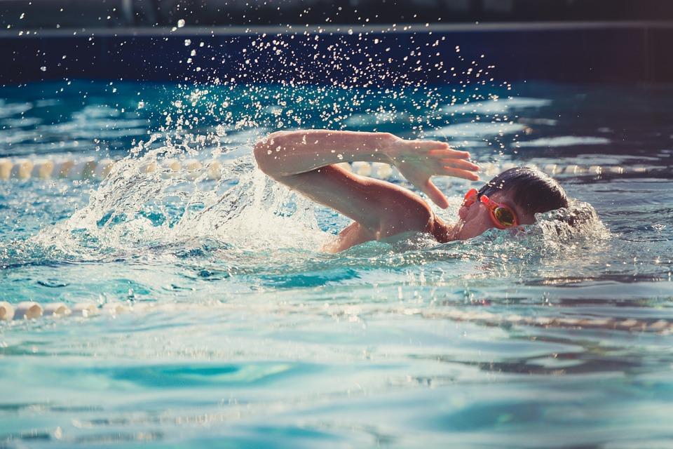 Ilustracija, plivanje, foto: Pixabay