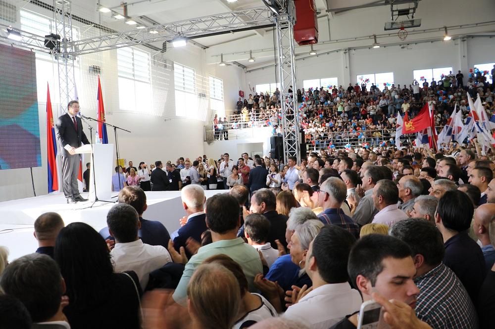 Predsednik Srbije i Srpske napredne stranke Aleksandar Vučić na skupu u Beloj Palanci, foto: Marko Miladinović