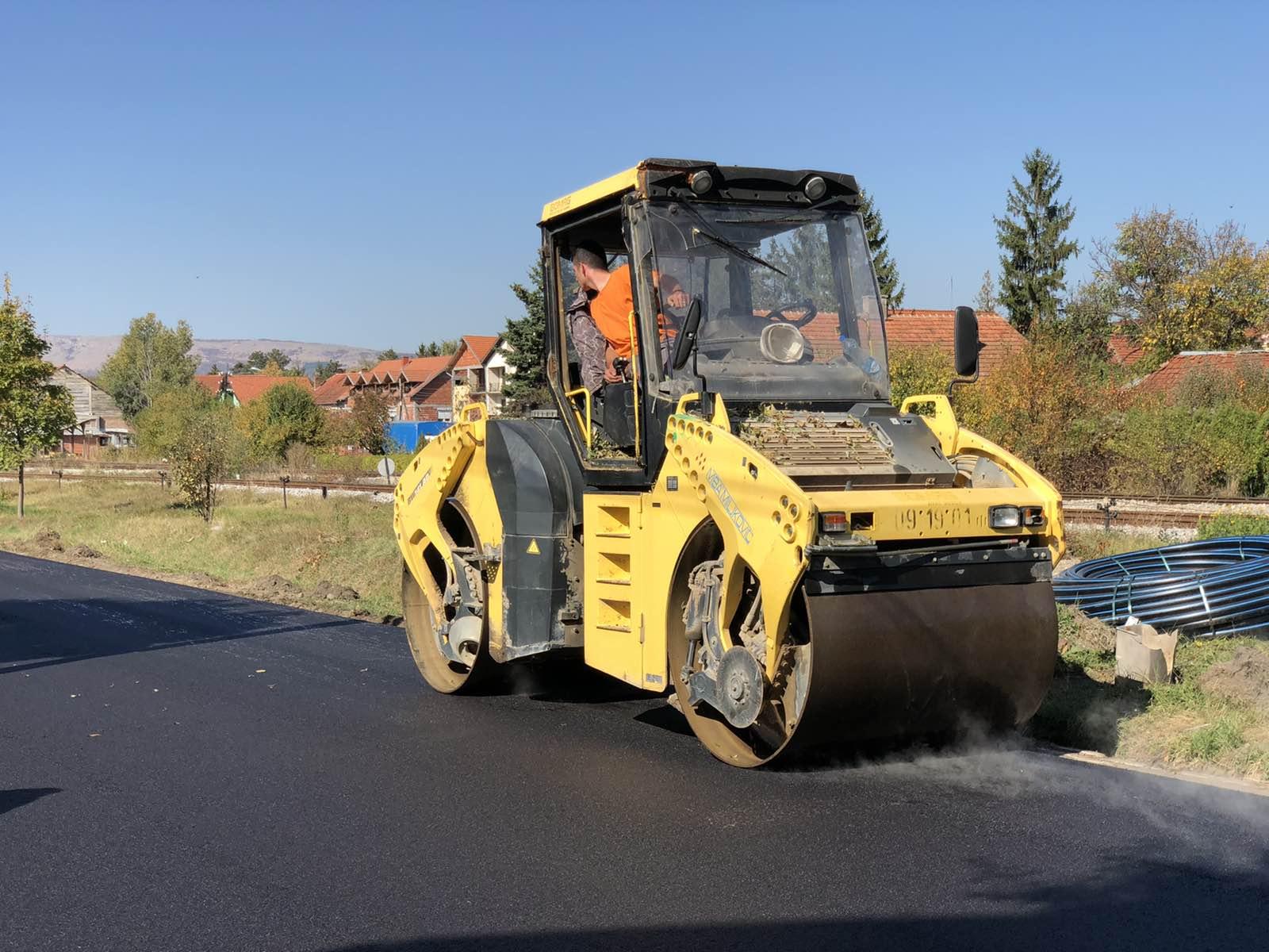 Ilustracija, asfaltiranje, foto: M.M.