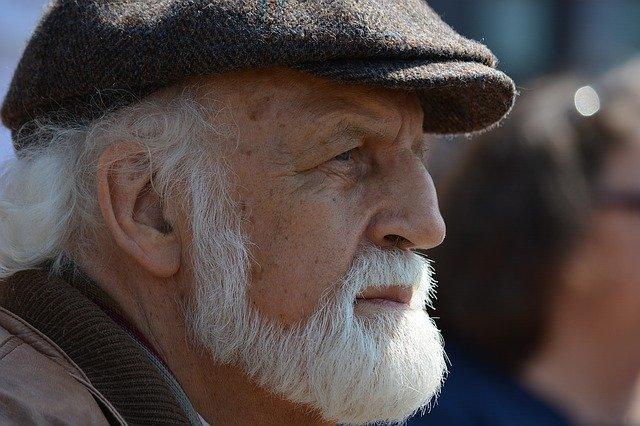 Stariji čovek, ilustracija, foto: Franz, preuzeto: Pixabay.com