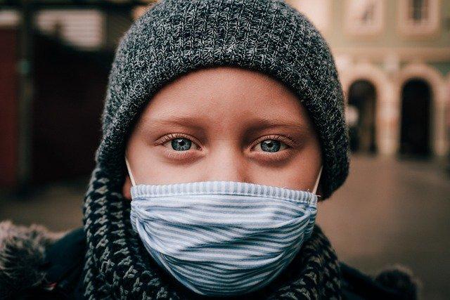 Korona, ilustracija, foto: René Bittner, preuzeto: pixabay.com