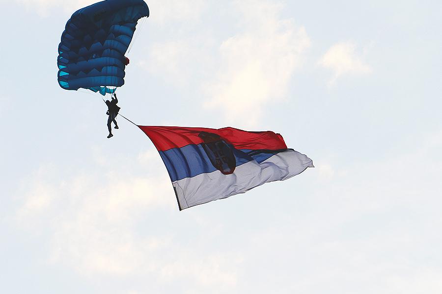 Zastava Srbije, foto: Knjaževačke novine