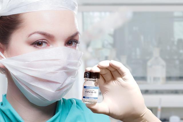 Vakcina, ilustracija, foto: Wilfried Pohnke, preuzeto: Pixabay.com