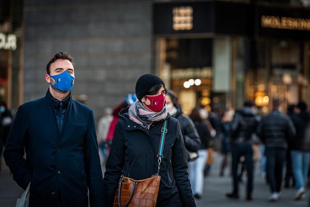 Ilustracija, maske, foto: Matteo Bellia, pixabay
