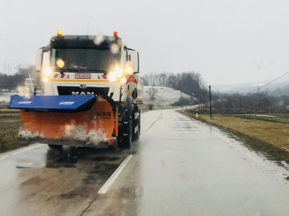 Čišćenje snega, ilustracija, foto: Knjaževačke novine